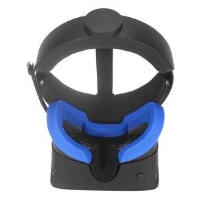 Image 1 - Zachte Siliconen Oogmasker Cover Voor Oculus Rift S Ademend Licht Blokkeren Eye Cover Pad Voor Oculus Rift S Vr headset Onderdelen