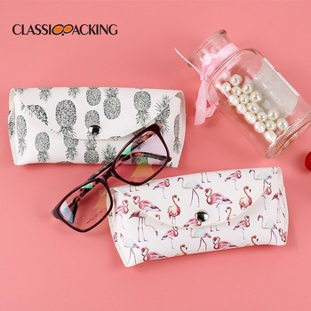 De Moda nuevo patrón De Cruz Gafas De sol Bolsa creativa De inyección De tinta De la mano De la Moda la miopía Gafas con Pu Bolsa De Gafas De Pu De Moda
