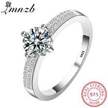 Женское кольцо из серебра 925 пробы с фианитом 1 карат