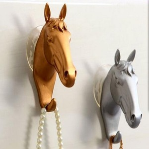 Vintage dekoratif duvar kanca asılı giysi için sevimli Unicorn at şekil plastik reçine duvar takı tuşları sahipleri askıları araçları