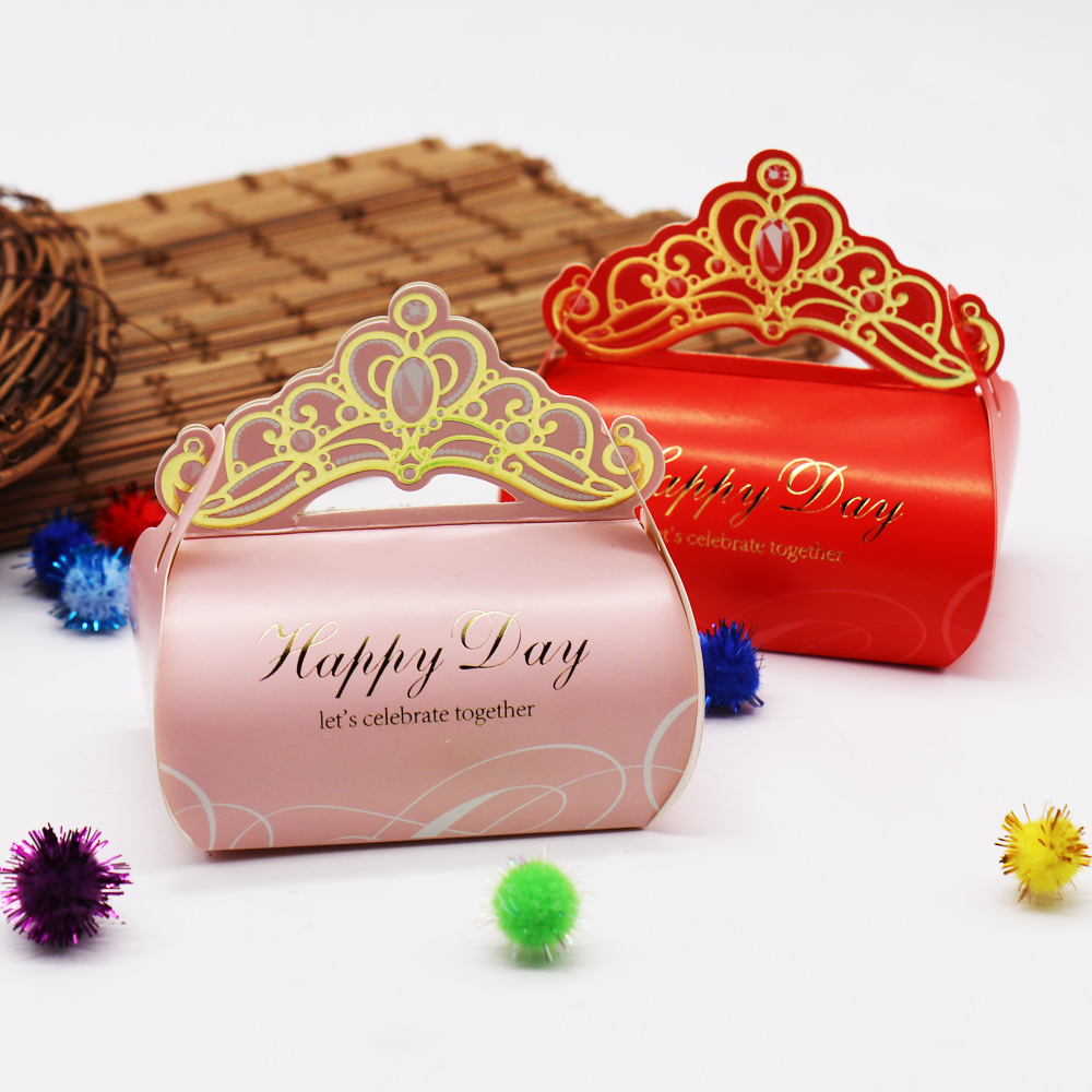 10pcs Pink Crown Candy Box 9x9x5.8cm Wedding Party Favors Gift Box Birthday Party Candy Box Wedding Event Party Supplies