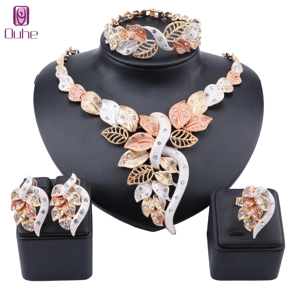 African Dubai Gold Jewelry Nigerian Crystal Necklace Hoop Earrings Ring Women Italian Bridal Jewelry Sets Wedding Accessories