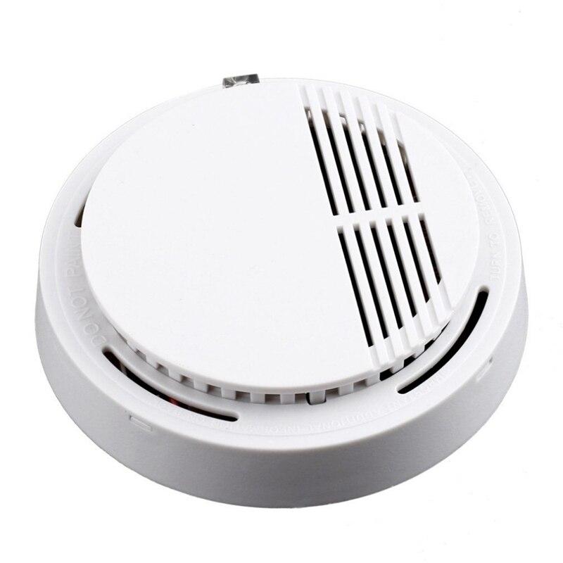 168 Independent 9V Smoke Sensor Smoke And Sound Alarm Detector White Plastic Diameter 10.7Cm High 3.5Cm