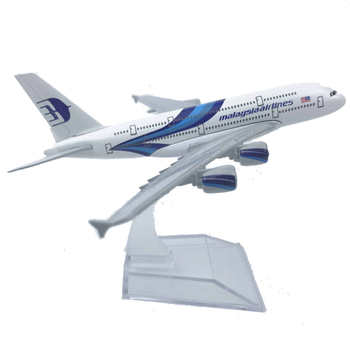 Malaysia Airlines Airbus A380 Aircraft Model 6 Metal Airplane Diecast Mini Moto Collection Eduactional Toys for Children 16cm 787 a380 747 777 airlines metal alloy model plane aircraft toy wheels airplane birthday gift collection desk toy