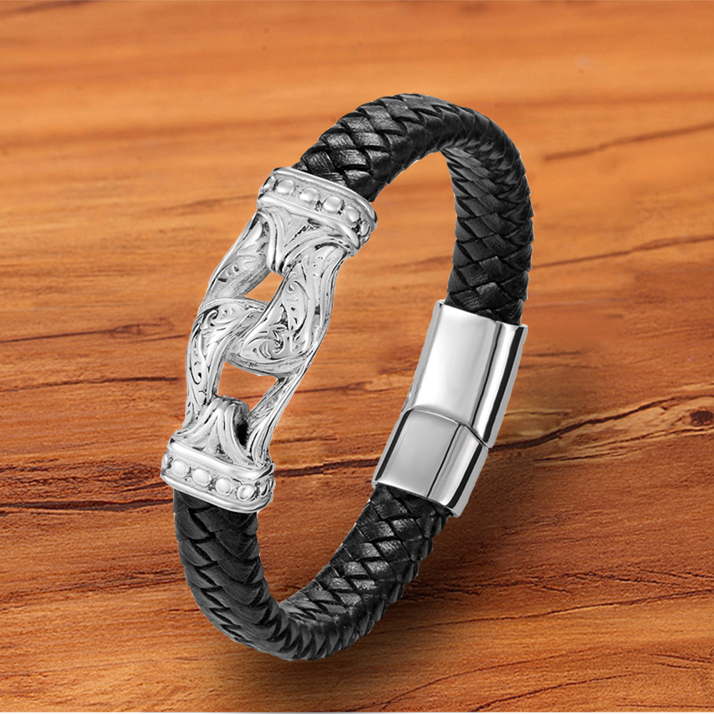 High Quality Fashion Stainless Steel Magnet Clasp Men Bracelets Charm Black Leather Jewelry Accessories Rock Punk Bangles