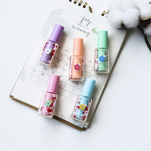 Image 5 - 4 set/Lot Mini bottle color Highlighter pens Lipstick flower daisy marker liner pen Stationery office School drawing art A6827