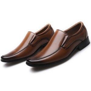 Image 3 - أحذية رجال الأعمال الكلاسيكية موضة أنيقة أحذية الزفاف الرسمية الرجال الانزلاق على مكتب أكسفورد أحذية للرجال LH100006