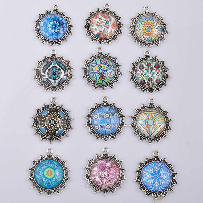 Fai da Te in Argento Antico Mosaico di Moda di Disegno Del Fiore di Vetro Cabochon di Fascini di Stile Dell'annata Pendenti con Cabochon per I Monili Della Collana