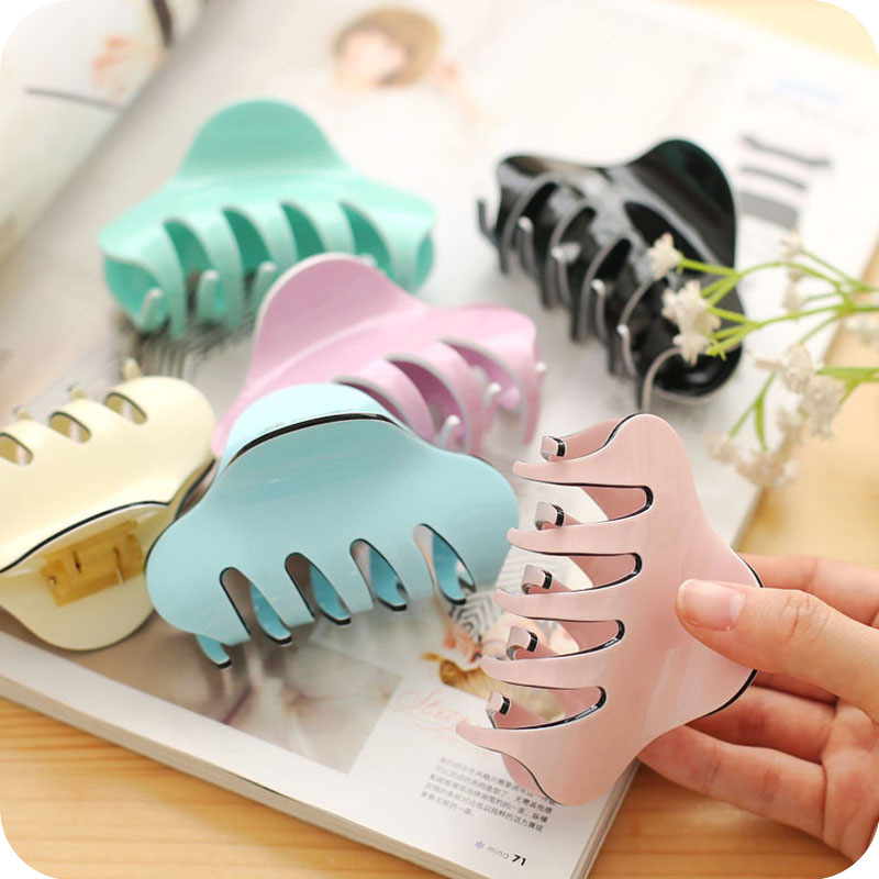2019 Summer Acrylic Large Crab For Hair Candy Colors Solid Hair Claw Clips For Women High Quality Strong Bit Force Hair Tail