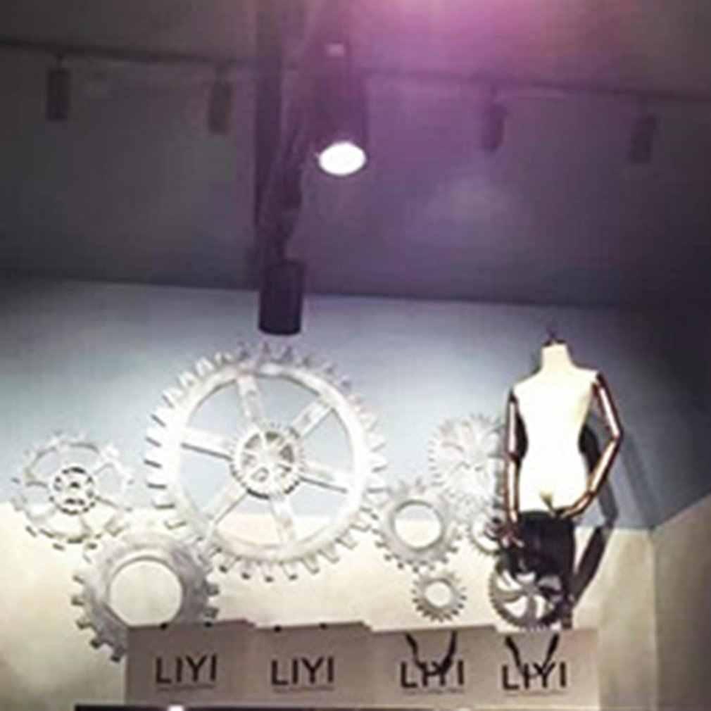 בציר תעשייתי רוח הילוך קישוט קישוטי לופט ישן בר מספרה קיר קישוט ישן מפעל סגנון