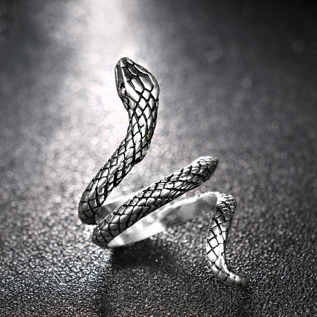 Bague tête de serpent