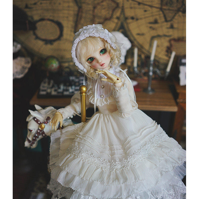 BJD Dress 1/3 1/4 Bjd Doll Light White Vintage Dress For 1/6 1/4 1/3 BJD Giant Baby Doll Accessories A Suit Dress