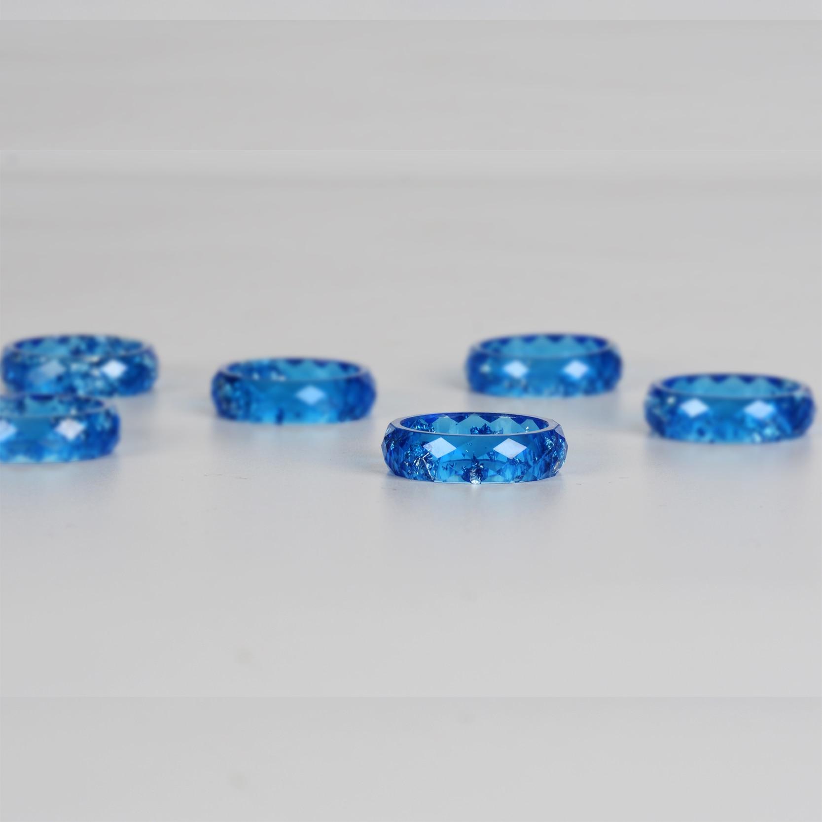 H928b883a149249b6b2b320dff3a2043eX - Crystalic Resin Ring