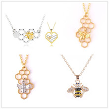 Hot sale honeycomb necklaces Metal shiny fashion Bee Necklace For Women lovely animal Vintage Choker bee Jewelry