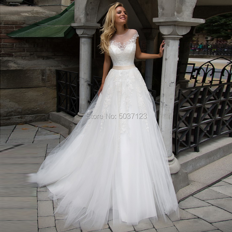 Cap Sleeves A Line Wedding Dresses O Neck Lace Up Vestido De Noiva Lace Appliques Bridal Gown Court Train Custom Made