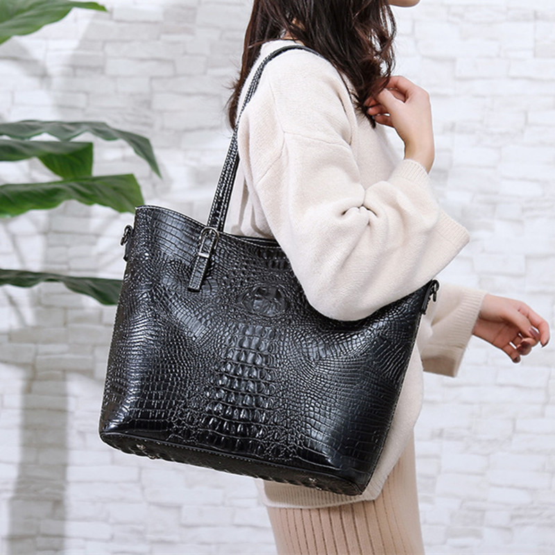 Black Female Handbags Quality Crocodile Pattern Embossed Leather Women Shoulder Bags Large Casual Totes Shopping Top-handle Bag image