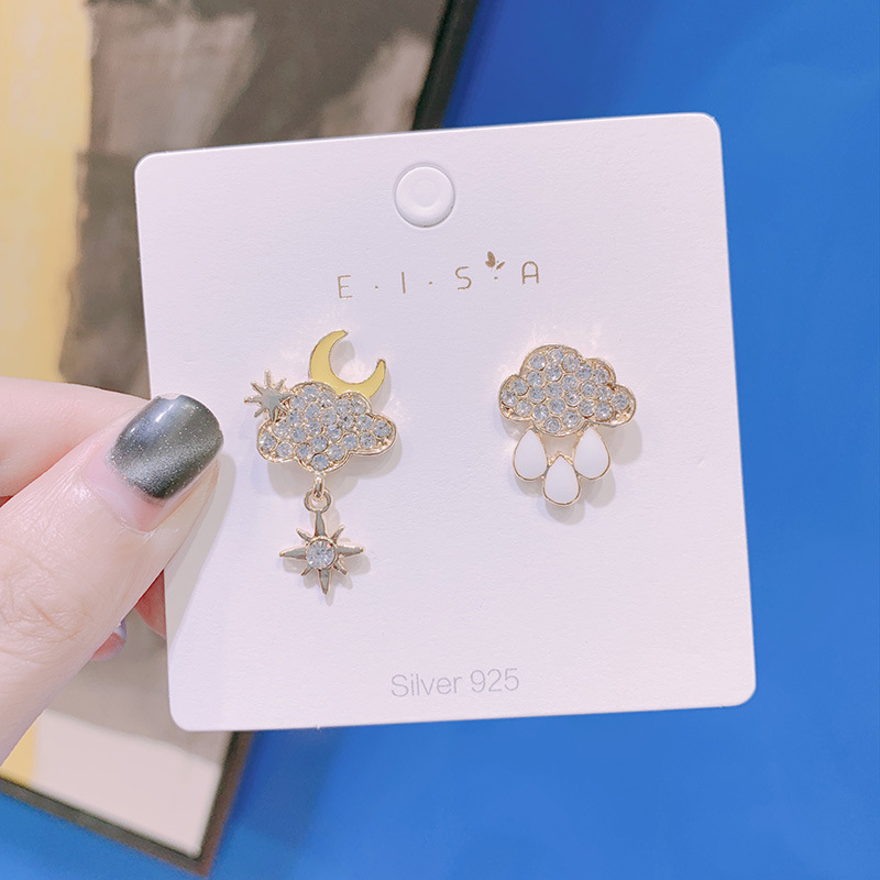 Silver Needle Japanese Sweet Girl Lovely Rhinestones Clouds Rain Shape Asymmetry Earrings Ladies Personality Jewelry Accessories