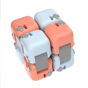 Image 2 - 새로운 샤오미 Mijia Mitu Spinner 다채로운 빌딩 블록 Finger Fidget 감압 장난감 퍼즐 조립 큐브 핑거 스피너 장난감