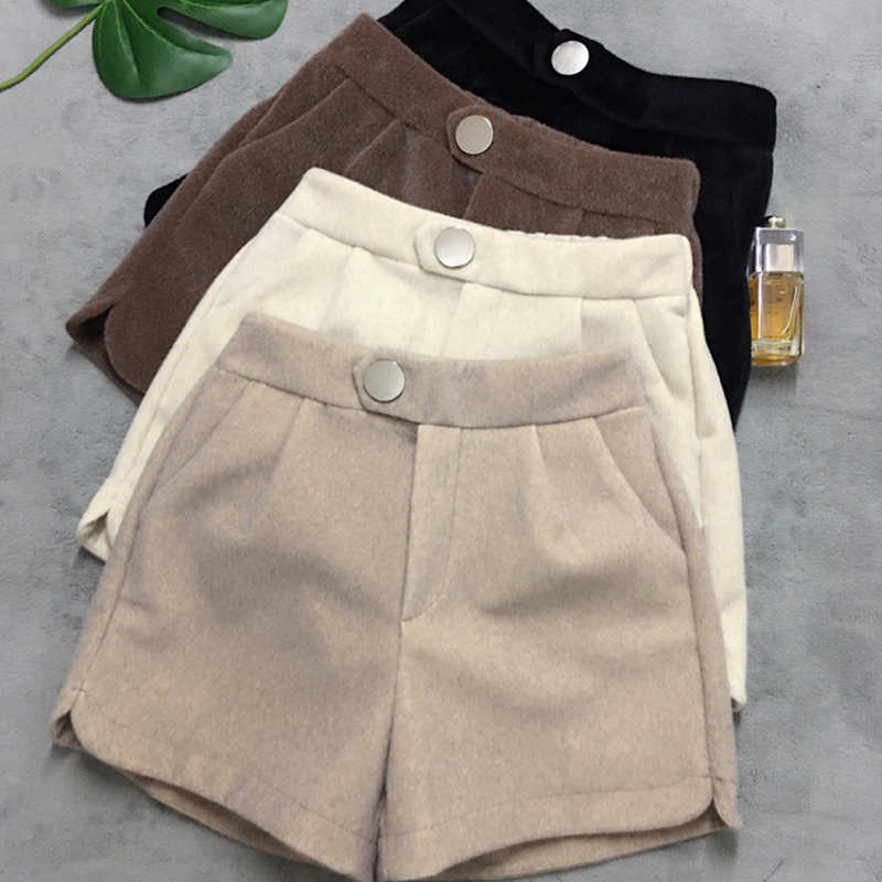 Winter Thicken Warm Mink Fur Shorts Women Casual High Waist Button Shorts Streetwears Office Lady Elegant Wild Shorts Korean New
