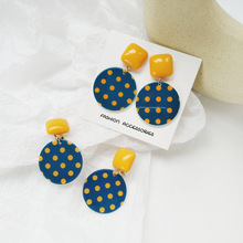 Korean creative aesthetic geometric resin round spotted earrings trend students women jewelry