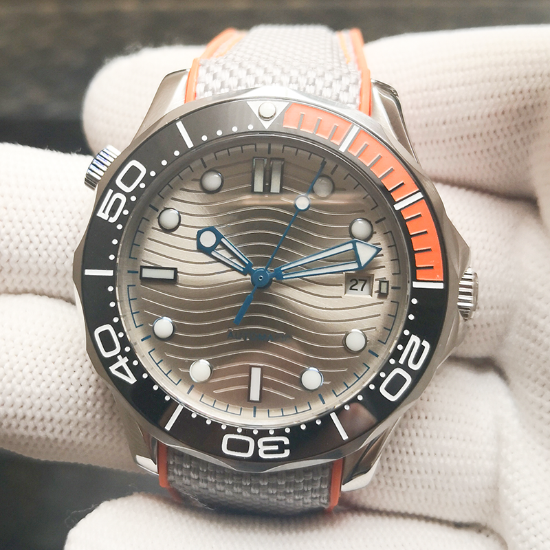 HOT 10BAR 100M Water Resistant Silver Wave Sterile Dial JAPAN MIYOTA Automatic Watch DIVER300M Sapphire Crystal Luminous No Logo