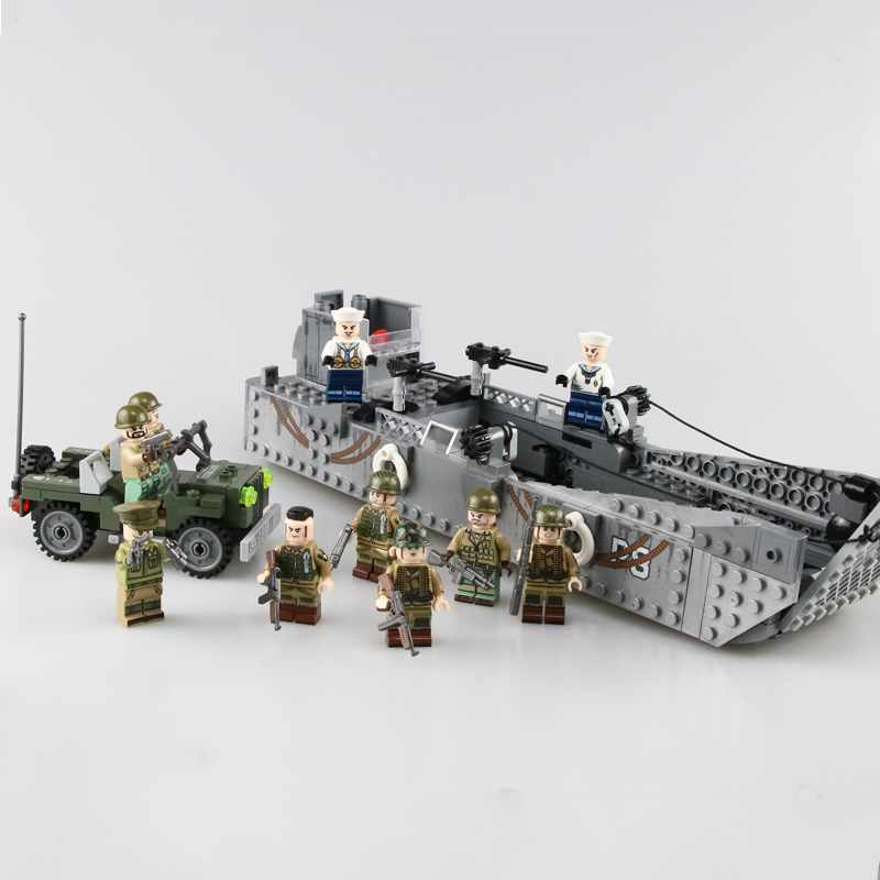 Military USA Army LCM3 Landing Boat Building Blocks WW2 Soldiers Figures Weapon gun parts Bricks toy for Children