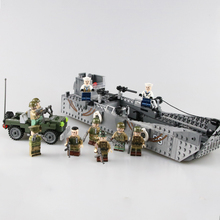 Military USA Army LCM3 Landing Boat Building Blocks WW2 Military Army Soldiers Figures Weapon gun parts Bricks toy for Children чехол samsung ef zg950csegru для samsung galaxy s8 clear view standing cover серебристый
