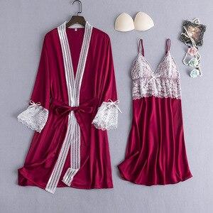 Image 1 - בורגונדי נשים הלבשת 2pcs פיג מה סט סקסי צווארון V קיץ בגדי בית Nightwear תחרה פרח שמלת חלוק שינה חליפת חלוק