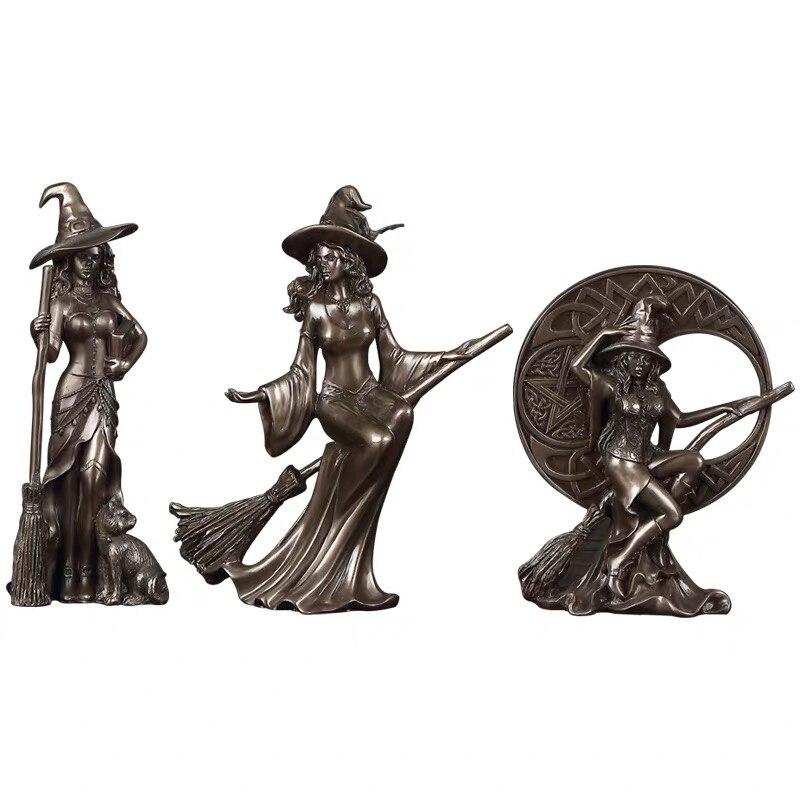 Three-piece witch