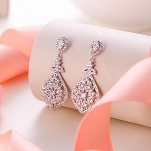 Image 1 - Tuliper Bridal Wedding Earrings For Women Femme свадебные серьги kolczyki Slubne Zircon Party Jewelry 귀걸이 Prom
