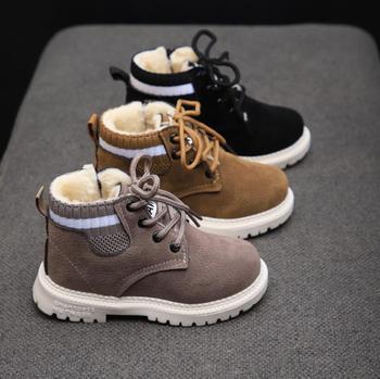 Dzieci obuwie jesienne zimowe Martin buty buty dla chłopców moda skóra miękka antypoślizgowe buty dziewczęce 21-30 sportowe buty do biegania tanie i dobre opinie Krowa mięśni Platforma Unisex Moda buty Mieszkanie z Pluszowe Okrągły nosek Lace-up Pasuje prawda na wymiar weź swój normalny rozmiar