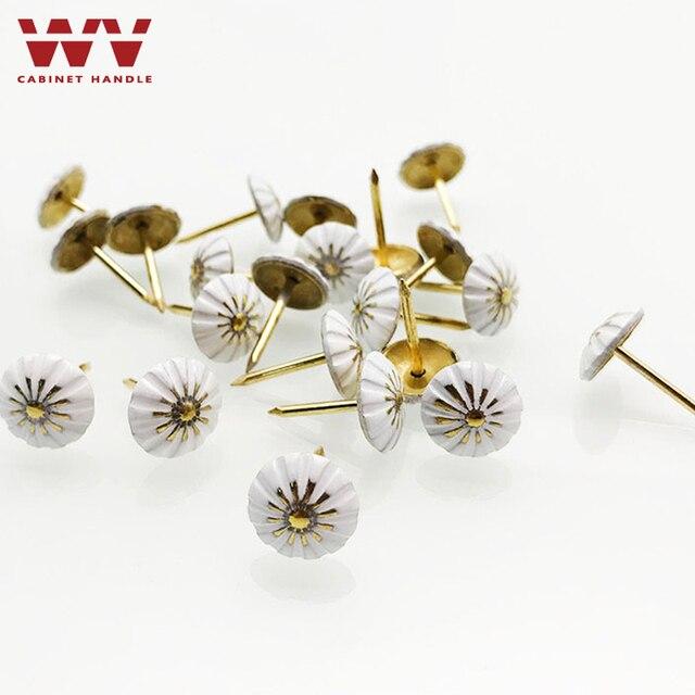 Malowane bańki paznokci Sofa paznokci dekoracji paznokci pinezki Tack antyczne paznokci okrągłe głowy paznokci może ściany biały kwiat paznokci sprzętu