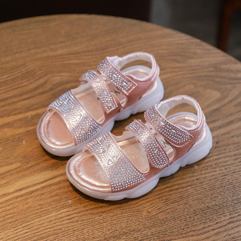 Girls Sandals 2020 New Fashion Summer Children's Beach Shoes Soft Bottom Little Girl Princess Crystal Transparent Shoes