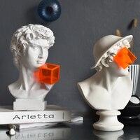 Nordic Modern Art Orange Glasses David Art Sculpture Window Living Room Soft Decoration Creative Resin Crafts Home Decoration
