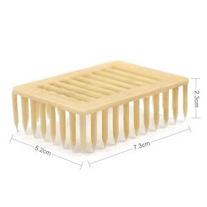 Image 5 - 50pcs Plastic Queen Marker Cage Clip White Creative Bee Catcher Beekeeper Beekeeping Tools Equipment 7.2*5.1*2.2CM 2019 New