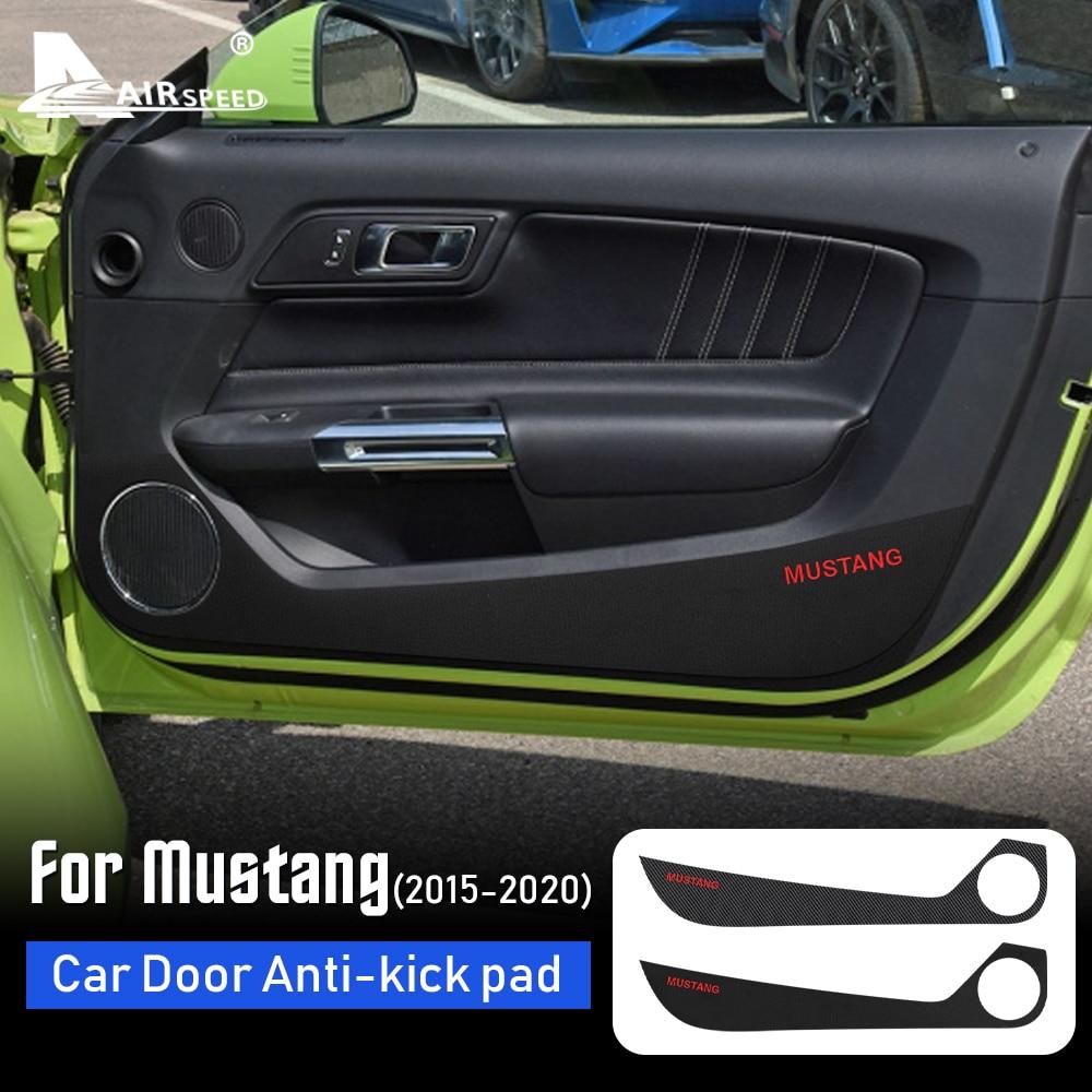 Textura de carbono de cuero para Ford Mustang, accesorios para puerta de coche, almohadilla de protección antipatadas, película adhesiva, 2015, 2016, 2017, 2018, 2019, 2020