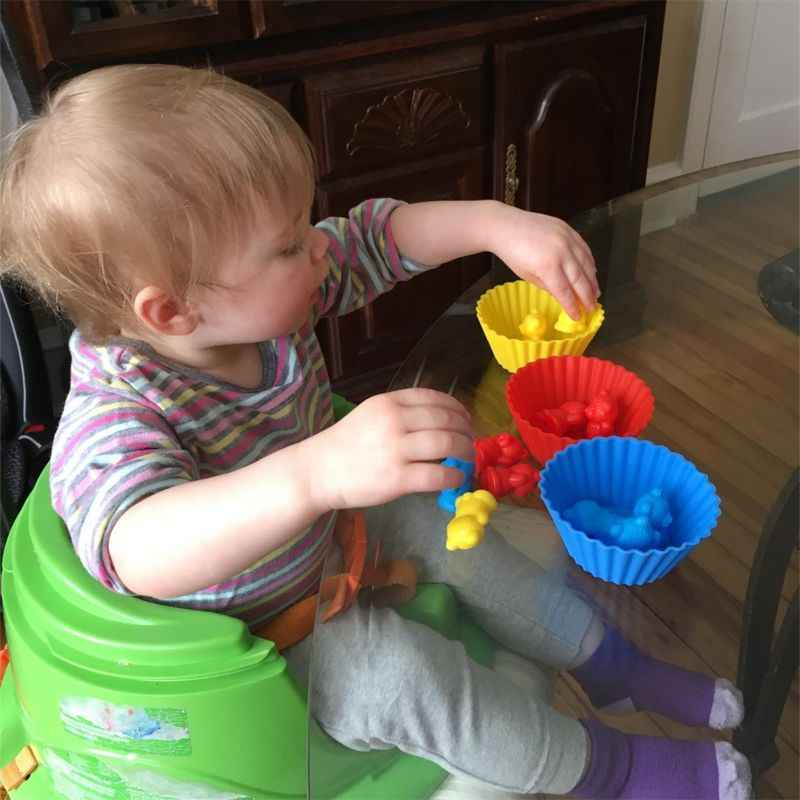 を積層したカップとカウントのモンテッソーリ虹マッチングゲーム、教育色ソートのおもちゃ幼児ベビー、おもちゃの Stora