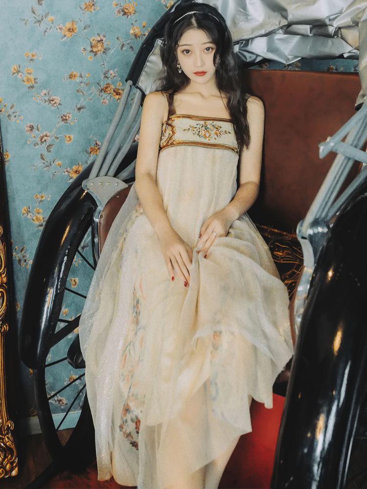 Autumn Ethnic Dress Hanfu Embroidered Strap Swing Dress  High Waist Cute Printing Victorian Dress Kawaii Girl Gothic Lolita Cute