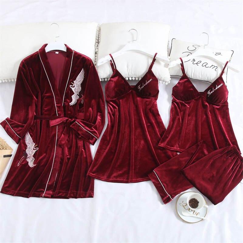 Женские пижамы, зимний сексуальный халат, пижама с принтом Журавля, набор, женский домашний сервис, 4 штуки, золотой бархат, одежда для сна с н