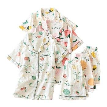 Conjunto de pijamas de estilo japonés con estampado de frutas de dibujos animados y manga corta con cuello vuelto y pantalones cortos para mujer ropa de dormir 2 uds