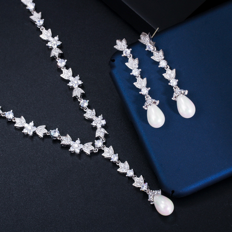 Gorgeous Long Pearl Necklace and Earrings Set