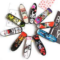 1 Pcs Mini Finger Skateboard Emergenti Giocattolo per Bambini Creativo Della Punta Delle Dita di Sport Mini Giocattolo