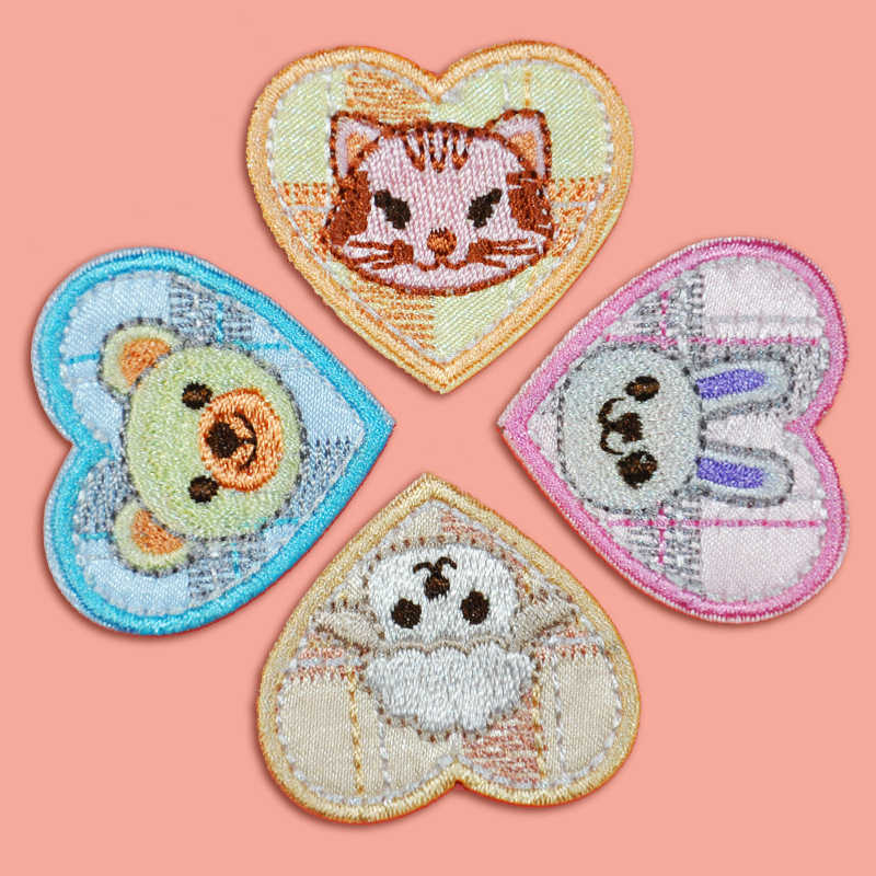 Carton Love Heart Animal Embroidered Patch Iron Sewing on Applique Rabbit Patch Clothes Apparel Bags DIY Stickers Badges Patches