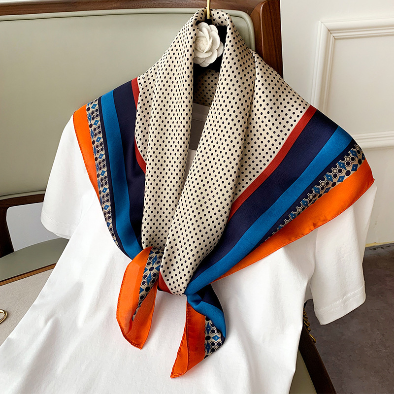 New 2021 Fashion Kerchief Small Silk Neck Scarf For Women 70*70 Hijab Scarfs Female Shawls Bags Scarves Lady Bandana Foulard