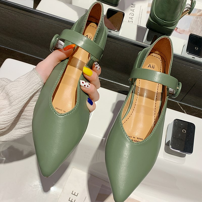 EOEODOIT Pointed Toe Leather Shoes Spring New Arrival Elegance Women Flats Shoes 2 CM Heel Marry Jeans Retro Buckle Shoes