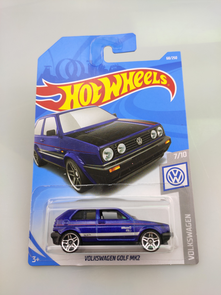 Hot Wheels 1:64 Car VOLKSWAGEN GOLF MK2  Car Metal Diecast Model Car  Kids Toys Gift