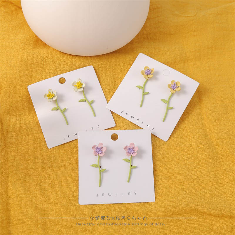 2020 New Cute 3D Stereoscopic Metal Spray Paint Flower Stud Earrings For Women Girl Gifts Korean Style Spring Summer Jewelry
