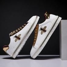 Nieuwe Mode Bee Borduren Golden Mens Schoenen Casual Outdoor Lage Flats Mannen Casual Schoenen Paar Glitter Sneakers Zapatos De Hombre
