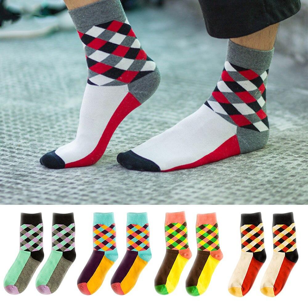 Дышащие повседневные теплые носки для женщин и девочек, удобные хлопковые носки в клетку, длинные зимние спортивные и уличные Дышащие носки