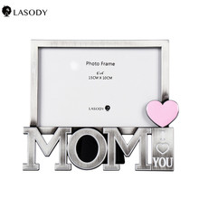 Personlized Picture Frame Vintage Metal MOM-shape Picture Frame 4x6 Antique Photo Frame Table Top Display Home Decor (Silver) giftgarden 5x7 silver alloy classic crown photo frames vintage picture frame table decoration anniversary gift wedding decor